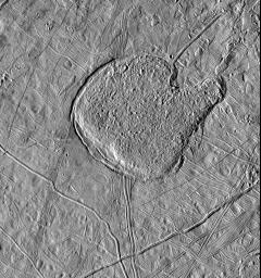 This view of Jupiter's icy moon Europa from NASA's Galileo spacecraft shows a region shaped like a mitten that has a texture similar to the matrix of chaotic terrain, which is seen in images of numerous locations across Europa's surface.