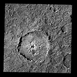 Crater Tindr on Callisto - an Oblique Impact?