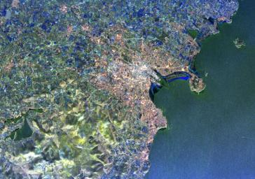 This radar image from NASA's Spaceborne Imaging Radar-C/X-band Synthetic Aperture of Dublin, Ireland, distinguishes between densely populated urban areas and unsettled areas. At center is the city's natural harbor along the Irish Sea.