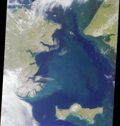This image from NASA's Terra satellite, acquired on August 18, 2000 during Terra orbit 3562, show the Bering Strait, with Seward Peninsula of Alaska to the east, and Chukotskiy Poluostrov of Siberia to the west.