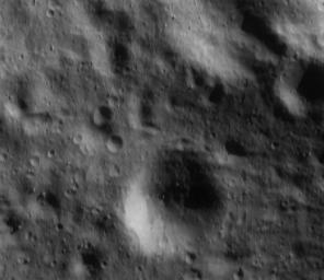 This image taken by NASA's NEAR Shoemaker on Apr. 29, 2000, shows features as small as 7 meters (23 feet) across and boulders a mere tens of meters in size on asteroid Eros.