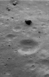 Eros' Littered Surface from Low Altitude