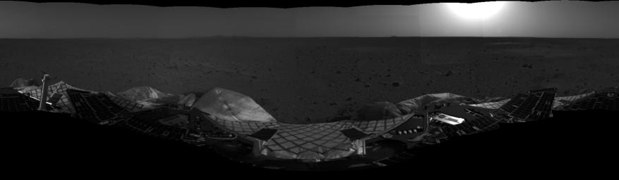 First Look at Spirit on Mars-2