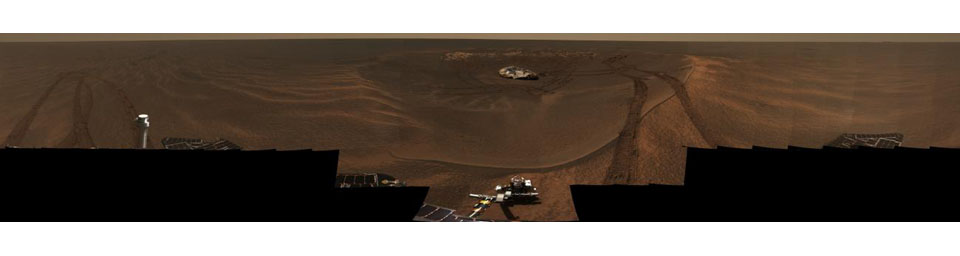 This approximate true-color panorama from NASA's Mars Exploration Rover Opportunity, dubbed 'Lion King,' shows 'Eagle Crater' and the surrounding plains of Meridiani Planum.