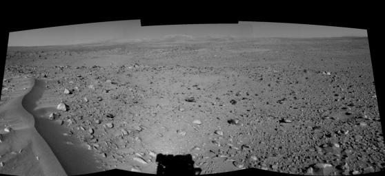 Lahontan Crater Looms (left eye)