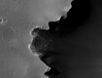 Opportunity at Crater's 'Cape Verde' (Red Filter)