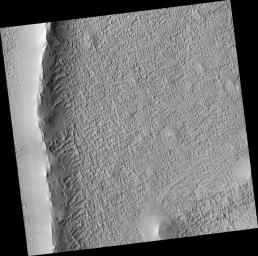 Radial Ridge in Deposit Near Pavonis Mons