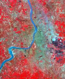 The city of Calcutta, India appears in this 24 by 34 km (15 by 21 mile) sub-scene, acquired March 29, 2000 by NASA's Terra satellite.