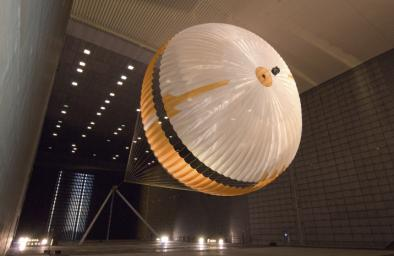 The parachute for NASA's next mission to Mars passed flight-qualification testing in March and April 2009 inside the world's largest wind tunnel, at NASA Ames Research Center, Moffett Field, Calif.
