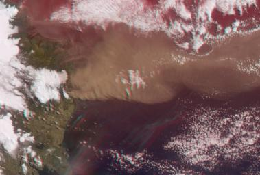 NASA's Terra satellite flew directly over Iceland on April 19, 2010, to capture this stereo anaglyph generated from the nadir and 46-degree forward-viewing cameras of the Eyjafjallaj�kull volcano and its erupting ash plume. 3D glasses are necessary to vie