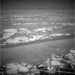 During a long drive on Labor Day, NASA's Mars Exploration Rover Opportunity reached the estimated halfway point of its journey from Victoria Crater to Endeavour Crater.