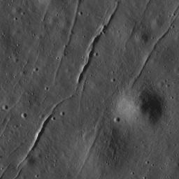 Fractures in the mare of Tsiolkovskiy Crater
