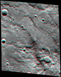 Paramour Rupes in 3-D