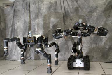 RoboSimian and Surrogate are robots that were designed and built at NASA's Jet Propulsion Laboratory in Pasadena, California.