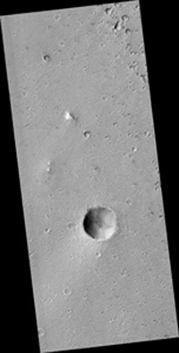 Click here for larger version of PIA09105 full HiRISE image