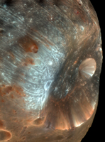 Click here for larger version of inset for PIA10368 Phobos from 6,800 Kilometers (Color)