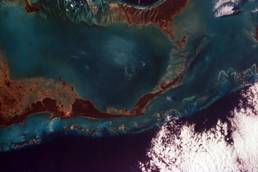 This image from NASA's EarthKAM captures the tropical beauty of the major islands of the Little Bahama Bank, the most northerly of the island groups that comprise the Bahamas.