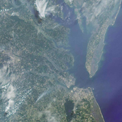 The Chesapeake region as seen by NASA's Terra satellite, near local noon on July 17, 2001 (Terra orbit 8407).