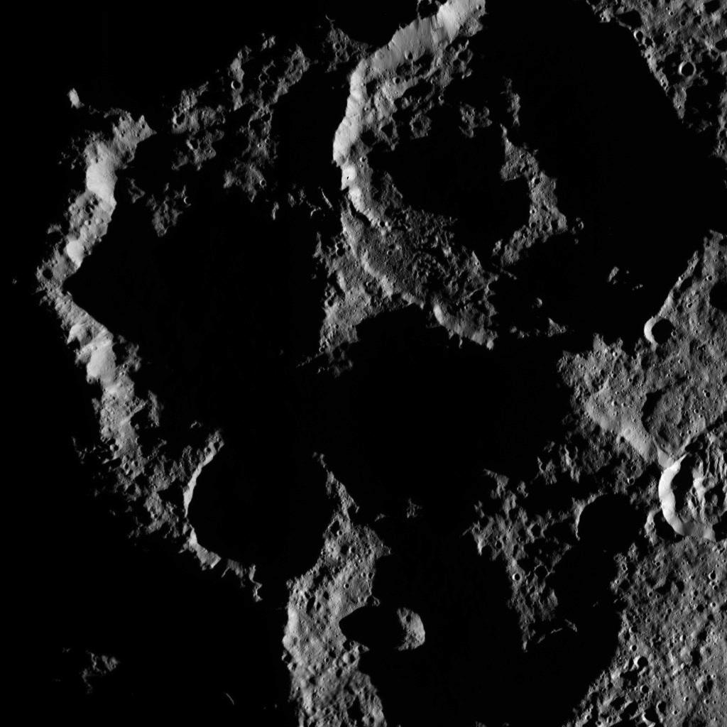Mission Dawn/Ceres - Page 3 PIA19901