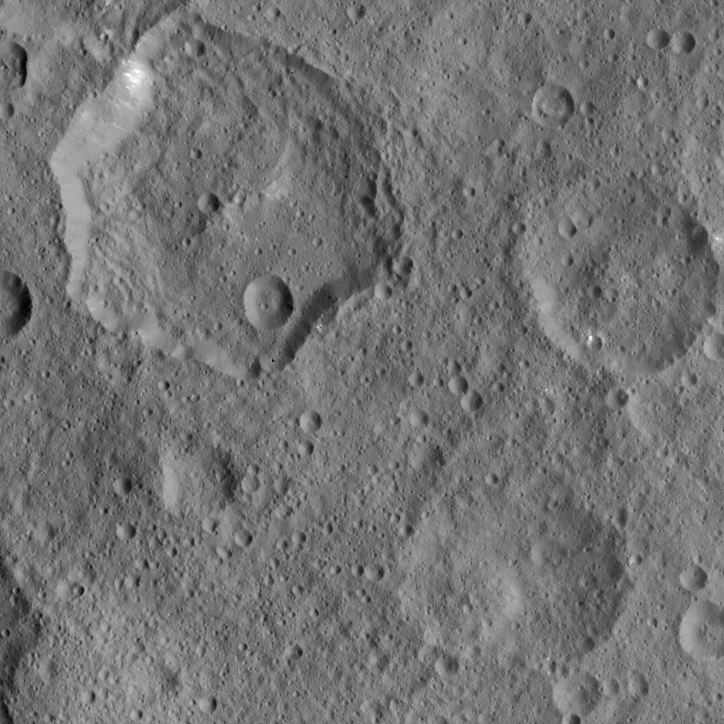 Mission Dawn/Ceres - Page 3 PIA19904