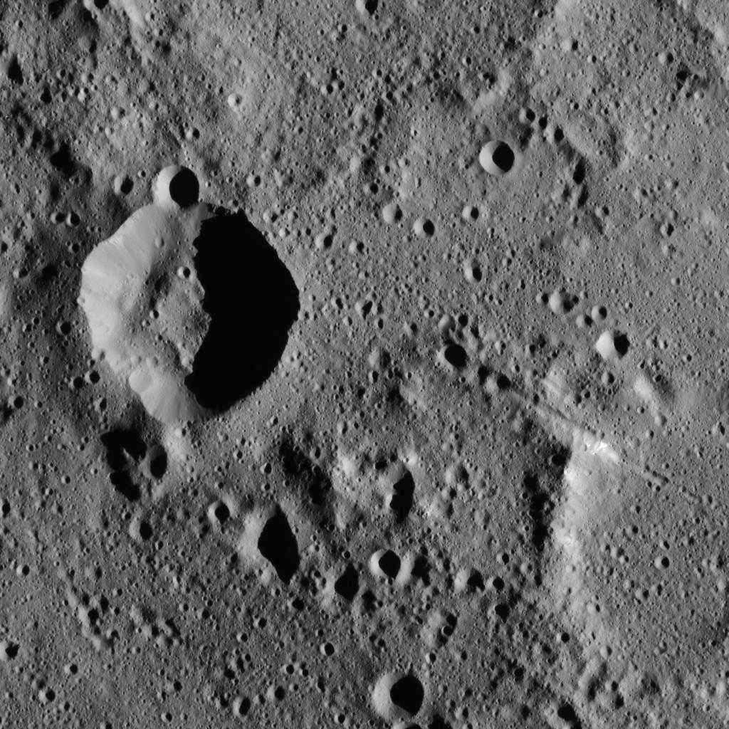 PIA20297: Dawn LAMO Image 7