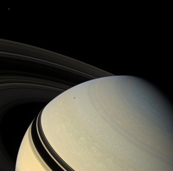 PIA08414: Perspective on Saturn