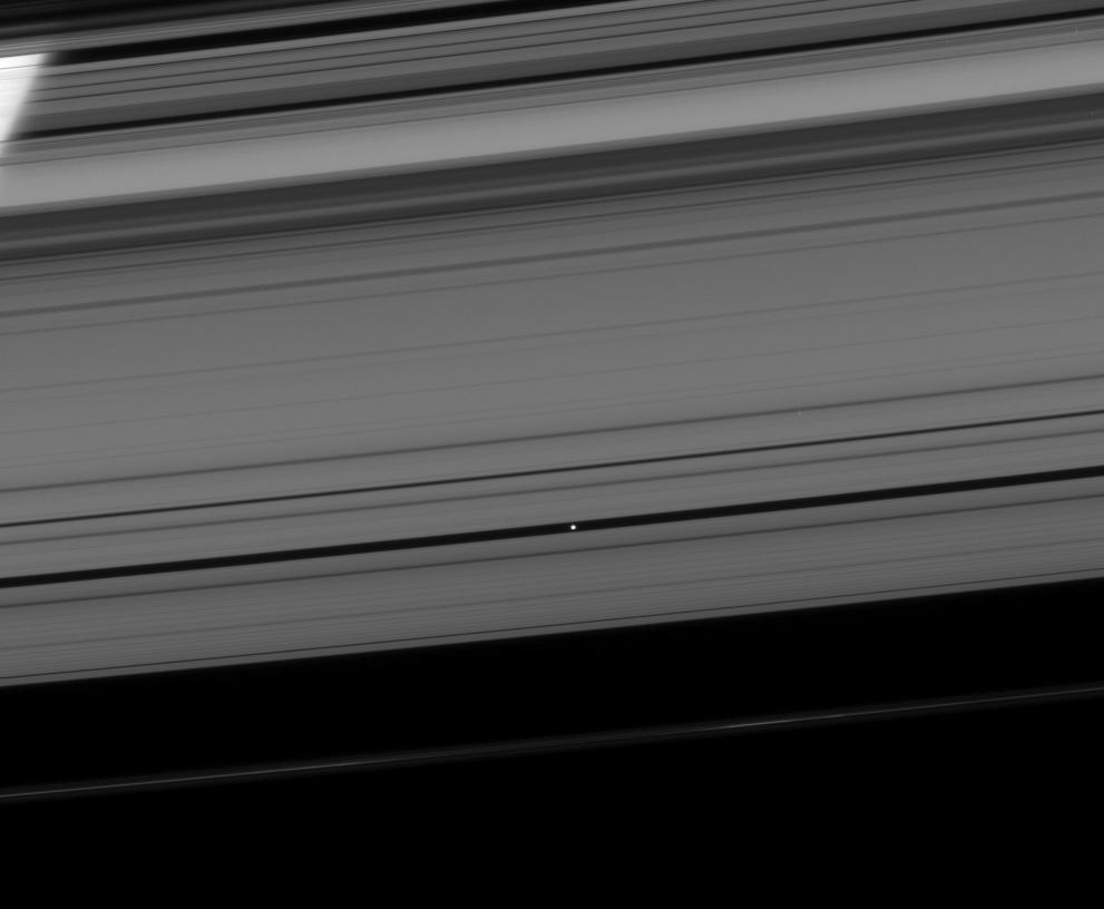 What Process Maintains The Encke Gap In Saturn S Rings