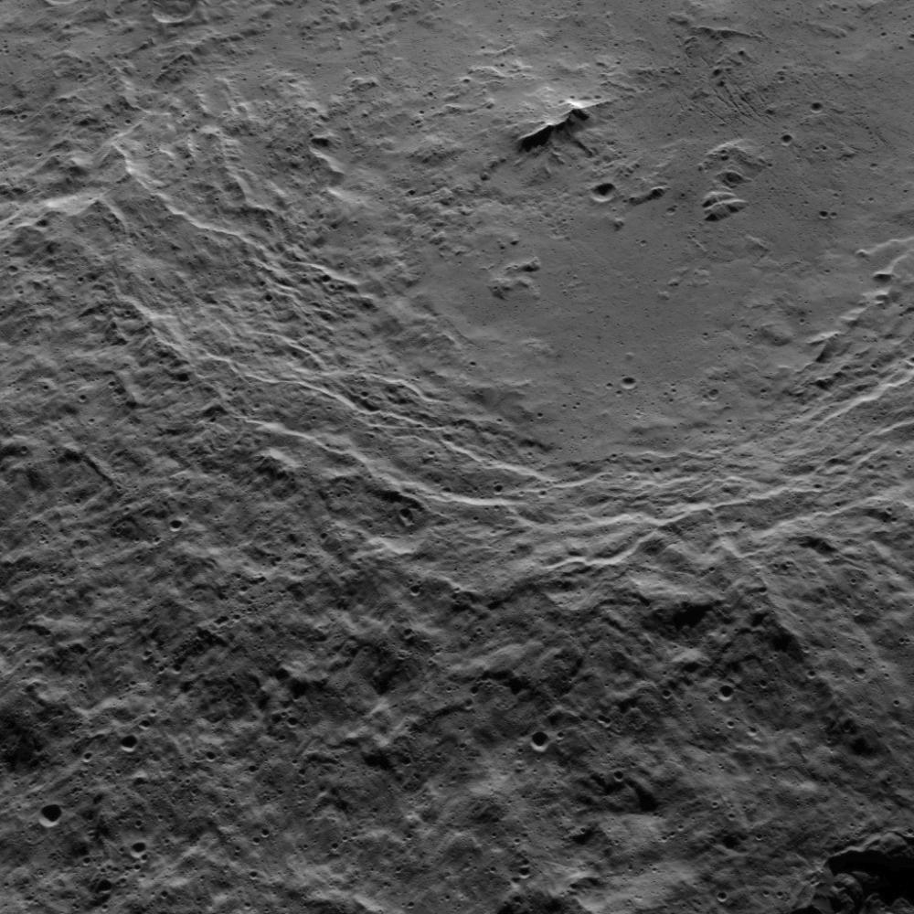 Mission Dawn/Ceres - Page 3 PIA20134_modest